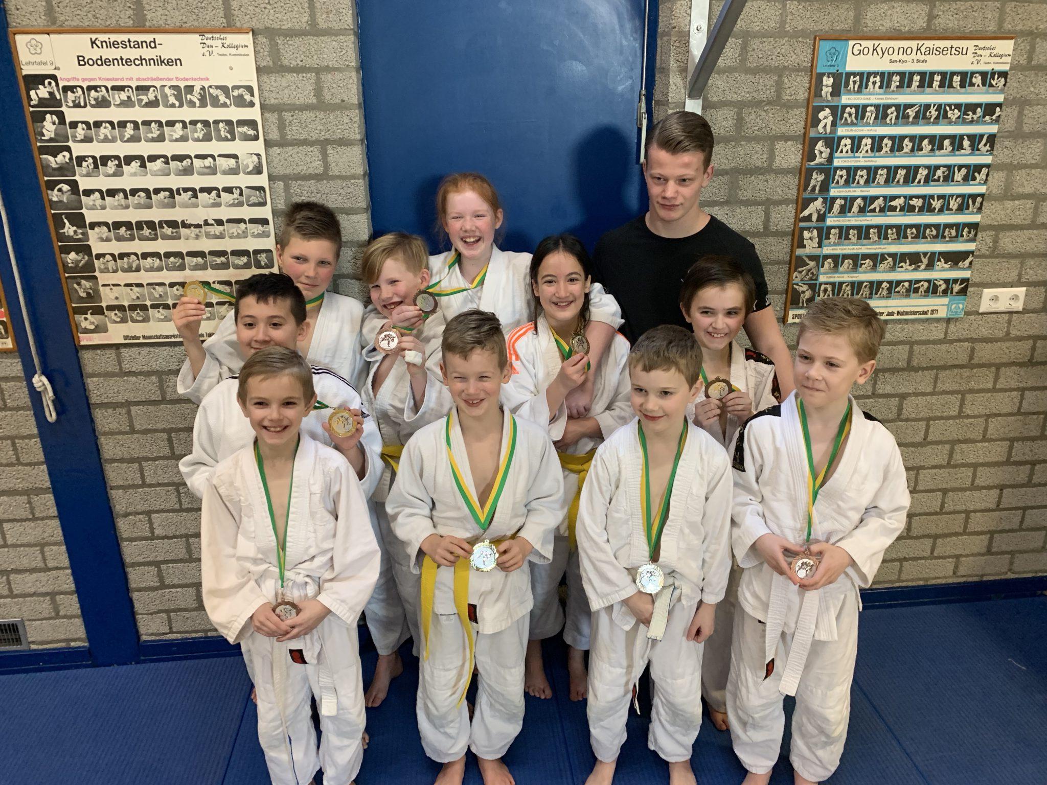 Tien podiumplaatsen voor judoka's Sakaee tijdens regiotoernooi Oude Pekela